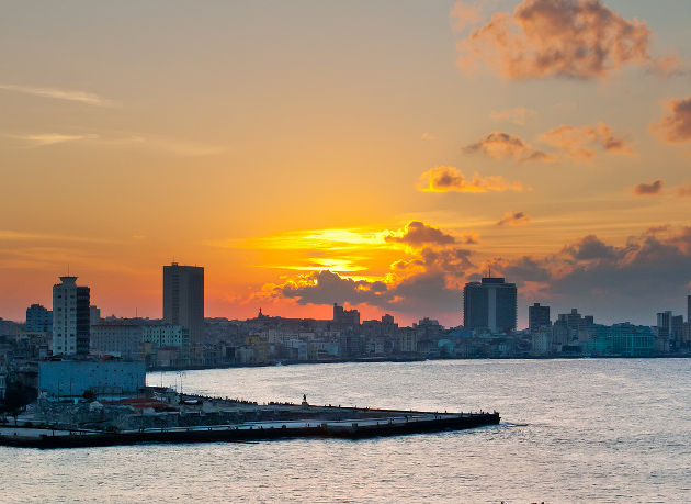 Sonnenuntergang in Havana auf KubaQuelle: Havana Sunset II von Jaume Escofet (CC BY 2.0)