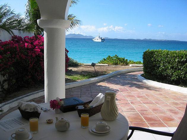 Cap Juluca auf AnguillaQuelle: Cap Juluca Room-Service - Anguilla von tiarescott (CC BY 2.0)